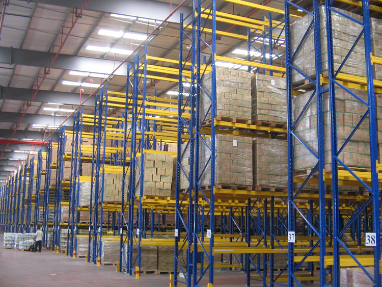 sps20210903Problems-needing-attention-in-selecting-hardware-warehouse-metal-storage-racks